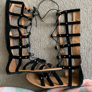 Shoes - Tall lace-up gladiator sandals SZ 7